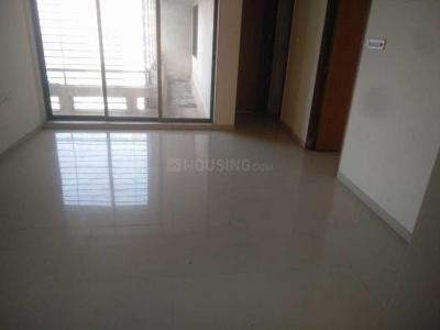 Gallery Cover Image of 830 Sq.ft 2 BHK Apartment for rent in Kandivali East for 26000
