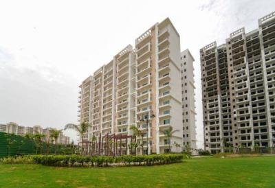 Gallery Cover Image of 1950 Sq.ft 3 BHK Apartment for buy in Shree Vardhman Victoria, Sector 70 for 12100000