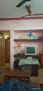 Gallery Cover Image of 900 Sq.ft 1 BHK Independent House for rent in Medavakkam for 8000