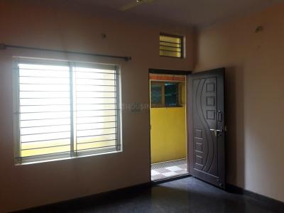 Gallery Cover Image of 750 Sq.ft 2 BHK Apartment for rent in Rajajinagar for 15000