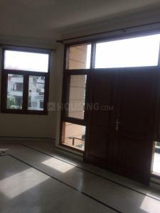 Gallery Cover Image of 1500 Sq.ft 2 BHK Independent Floor for rent in DLF Phase 3 for 32000