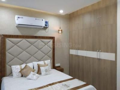 Gallery Cover Image of 1450 Sq.ft 3 BHK Apartment for buy in Sector 9 Rohini for 17500000