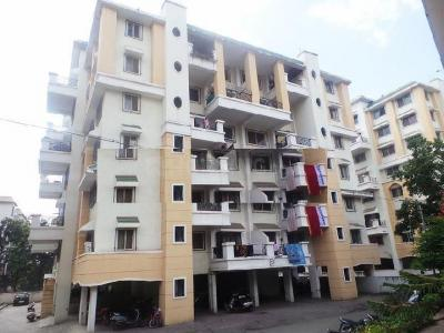 Gallery Cover Image of 1200 Sq.ft 2 BHK Apartment for rent in Kharadi for 35000
