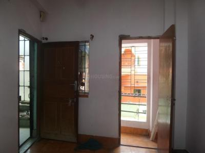 Gallery Cover Image of 650 Sq.ft 2 BHK Apartment for rent in Paschim Putiary for 8000