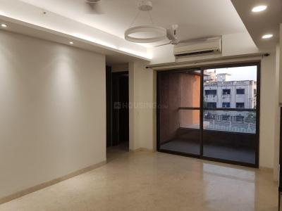 Gallery Cover Image of 2360 Sq.ft 3 BHK Apartment for rent in Landmark Vertica, Royapettah for 80000