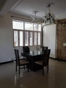 Gallery Cover Image of 1545 Sq.ft 3 BHK Apartment for buy in Shourya The Lotus Pond, Vaibhav Khand for 7500000
