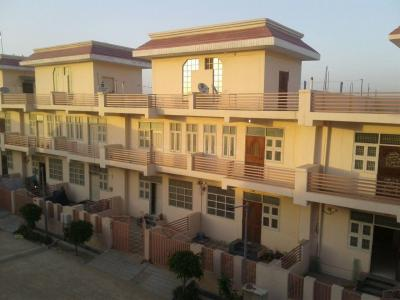 Gallery Cover Image of 1800 Sq.ft 3 BHK Independent House for buy in Mehak Eco City Villas, Wave City for 3595000