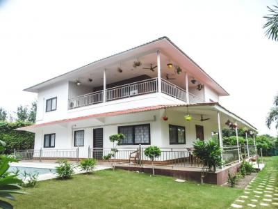 Gallery Cover Image of 1800 Sq.ft 4 BHK Independent House for buy in Dkrrish Green Beauty Farms, Nagli Sabapur for 9500000