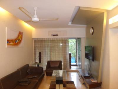 Gallery Cover Image of 600 Sq.ft 1 BHK Apartment for rent in Wadala East for 40000
