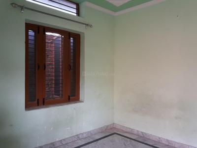 Gallery Cover Image of 750 Sq.ft 2 RK Apartment for rent in Sector 21D for 6500