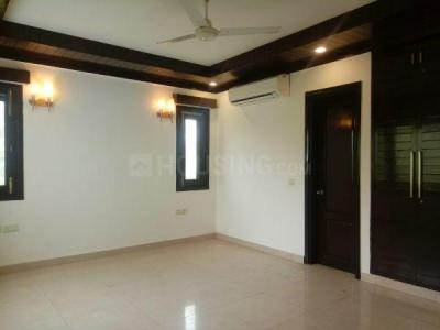 Gallery Cover Image of 1800 Sq.ft 3 BHK Independent Floor for rent in RWA East of Kailash Block E, Greater Kailash for 70000