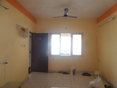 Gallery Cover Image of 1200 Sq.ft 2 BHK Apartment for rent in Velachery for 16000