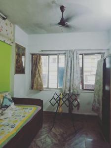 Gallery Cover Image of 350 Sq.ft 1 RK Apartment for buy in Dahisar West for 5300000