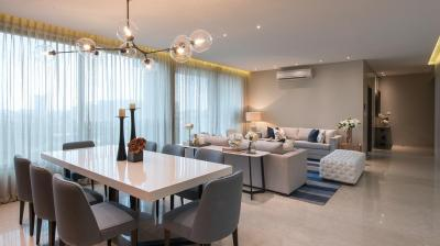 Gallery Cover Image of 2700 Sq.ft 4 BHK Apartment for buy in Raheja Imperia I, Lower Parel for 120000000