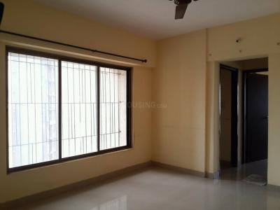 Gallery Cover Image of 783 Sq.ft 2 BHK Apartment for rent in Thane West for 20000