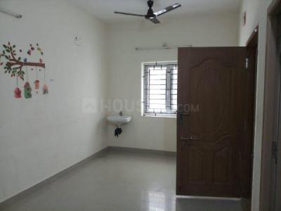 Gallery Cover Image of 1600 Sq.ft 3 BHK Apartment for rent in Anakaputhur for 9500