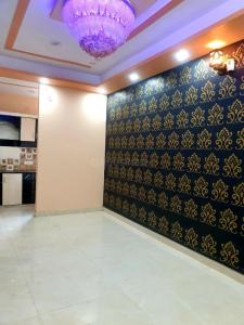 Gallery Cover Image of 850 Sq.ft 2 BHK Apartment for buy in Shastri Nagar for 1966000
