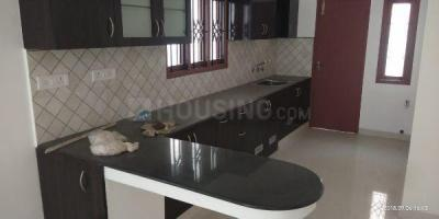 Gallery Cover Image of 1250 Sq.ft 2 BHK Apartment for rent in KK Nagar for 22000