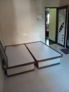Gallery Cover Image of 1380 Sq.ft 2 BHK Apartment for rent in Avdhut Apartment CHS, Dhankawadi for 19000