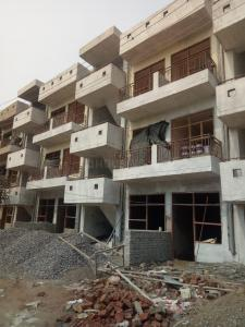 Gallery Cover Image of 500 Sq.ft 1 BHK Independent Floor for buy in Sector 49 for 1200000