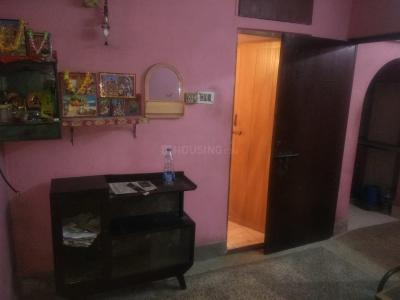 Gallery Cover Image of 300 Sq.ft 1 RK Apartment for rent in Tollygunge for 6000