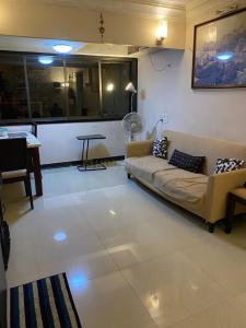 Gallery Cover Image of 885 Sq.ft 2 BHK Apartment for rent in Mercury, Goregaon West for 43000