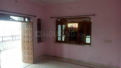 Gallery Cover Image of 1200 Sq.ft 3 BHK Independent Floor for rent in Vijaylaxmi Heights, Gopal Bari for 10000