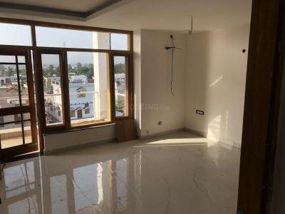 Gallery Cover Image of 2400 Sq.ft 3 BHK Independent Floor for buy in Ajabpur Kalan for 11000000