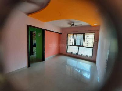 Gallery Cover Image of 652 Sq.ft 2 BHK Apartment for rent in Hubtown Greenwoods, Thane West for 23000
