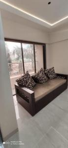 Gallery Cover Image of 650 Sq.ft 1 BHK Apartment for buy in Raj Exotica, Mira Road East for 5500000