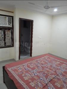 Gallery Cover Image of 1600 Sq.ft 3 BHK Independent Floor for rent in Pul Prahlad Pur for 18000