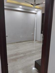 Gallery Cover Image of 900 Sq.ft 3 BHK Independent Floor for buy in Paschim Vihar for 11500000