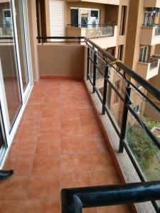 Gallery Cover Image of 2264 Sq.ft 3 BHK Apartment for rent in Gold Summit, Visthar for 34000