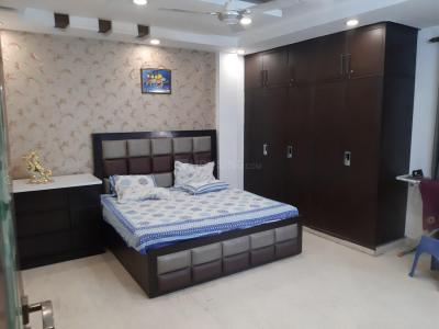 Gallery Cover Image of 2700 Sq.ft 4 BHK Independent Floor for rent in Rajouri Garden for 55500