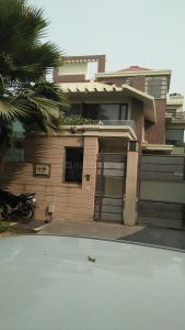Gallery Cover Image of 1600 Sq.ft 3 BHK Independent Floor for buy in Sector 23A for 16000000