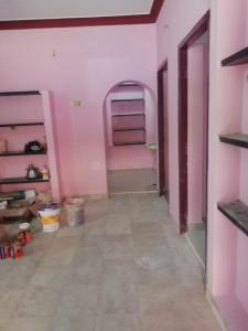 Gallery Cover Image of 800 Sq.ft 2 BHK Independent Floor for rent in Velachery for 12000