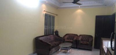 Gallery Cover Image of 1250 Sq.ft 3 BHK Apartment for rent in Brijdham Complex, Lake Town for 25000