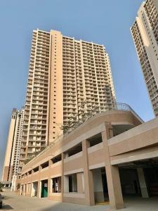 Building Image of India Bulls Green in Kon