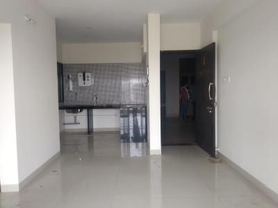 Gallery Cover Image of 644 Sq.ft 1 BHK Apartment for rent in Gemini Grand Bay, Manjari Budruk for 13500