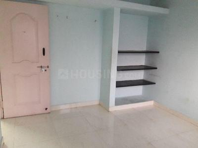 Gallery Cover Image of 600 Sq.ft 1 BHK Apartment for rent in Tharapakkam for 6000