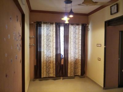 Gallery Cover Image of 325 Sq.ft 1 RK Apartment for rent in Khar West for 26000