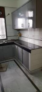 Gallery Cover Image of 1250 Sq.ft 2 BHK Apartment for rent in Sector 12 Dwarka for 25000