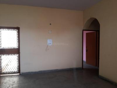Gallery Cover Image of 1050 Sq.ft 2 BHK Apartment for rent in Anukampa Apartments, Abhay Khand for 12000