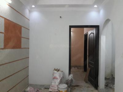 Gallery Cover Image of 400 Sq.ft 1 BHK Independent Floor for rent in Govindpuri for 8000