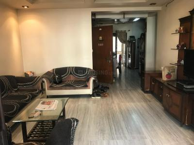 Gallery Cover Image of 3000 Sq.ft 3 BHK Independent House for rent in Katraj for 20000