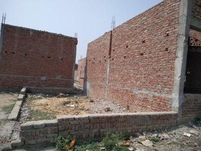 900 Sq.ft Residential Plot for Sale in Lal Kuan, New Delhi