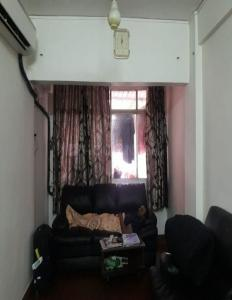 Gallery Cover Image of 450 Sq.ft 1 BHK Apartment for rent in Goregaon West for 23000