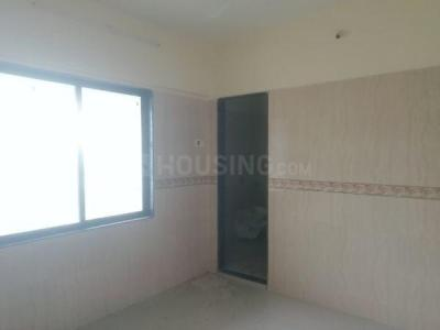 Gallery Cover Image of 700 Sq.ft 2 BHK Apartment for buy in Romell Empress, Borivali West for 12500000
