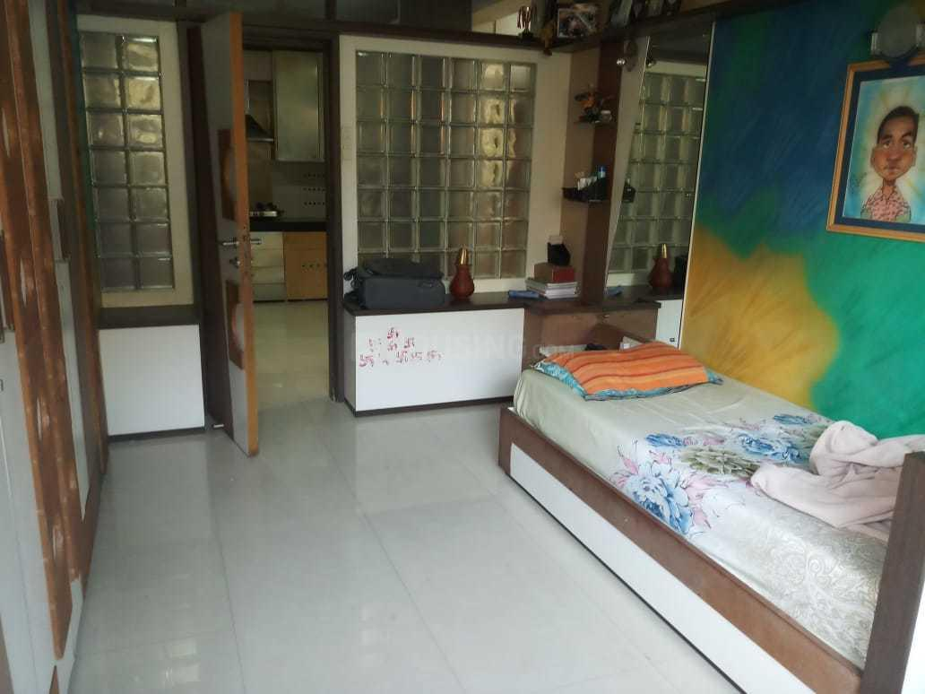 Living Room Image of 1100 Sq.ft 2 BHK Apartment for rent in Sion for 50000