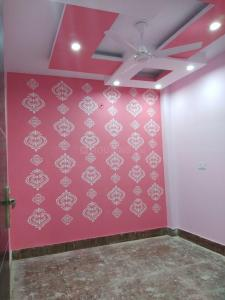 Gallery Cover Image of 550 Sq.ft 2 BHK Independent Floor for rent in Burari for 10000